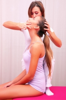 Personal Trainer Neck Manipulation